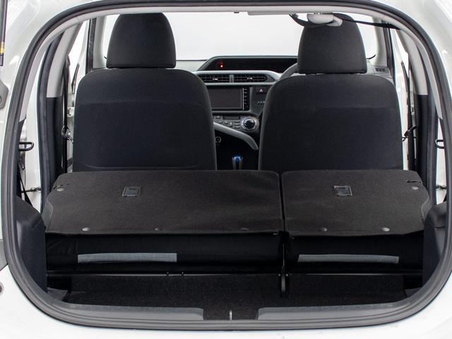 ★ラゲッジスペースも広々しています!セカンドシートの背もたれは可倒式となり、長尺物でも積み込みが楽々です。