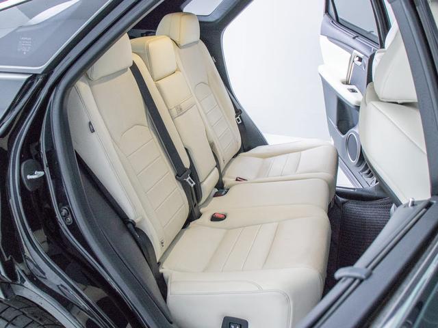 RX200t Fスポーツ 4WDサンルーフ/白本革/ROJAM22インチAW/メーカーSDマルチナビ/サイド&バックカメラ/パワーバックドア/冷暖房シート/ETC2.0/LEA/ICS/ステアリングヒーター/ATハイビーム(22枚目)