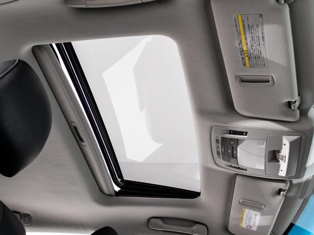 RX450h バージョンL 現行Fスポーツタイプ/黒本革シート/サンルーフ/4WD/パワーバックドア/冷暖房シート/パワーシート/サイド&バックカメラ/フルセグ/LEDヘッドライト/ETC/ステアリングヒーター(3枚目)