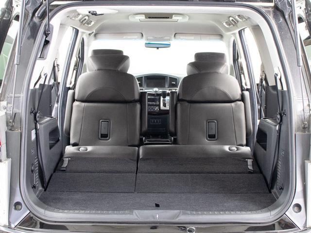 ★ラゲッジスペースも広々しています!サードシートの背もたれは可倒式となり、長尺物でも積み込みが楽々です。