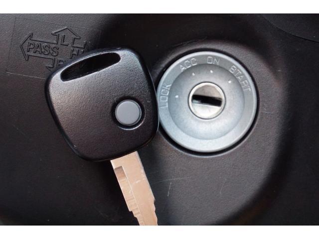 L 運転席シートヒーター CD FM AMオーディオデッキ キーレスエントリー アイドリングストップ パワーウィンドウ エアコン インパネシフト Sエネチャージ 低燃費(19枚目)