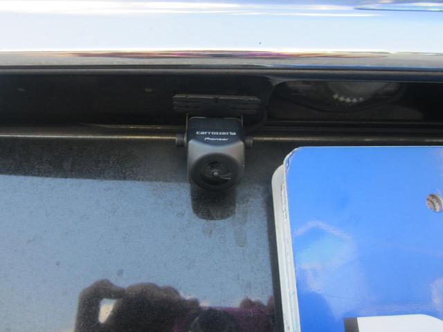 23S フルセグメモリーナビ/フリップダウンモニター/バックカメラ/両自動ドア/アドバンストキー/HID/ETC/二列目オットマン/DVDビデオ再生可/Bluetooth/17インチアルミ(18枚目)