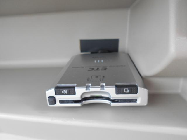 G ワンセグ メモリーナビ DVD再生 ミュージックプレイヤー接続可 バックカメラ ETC ドラレコ HIDヘッドライト 記録簿(30枚目)