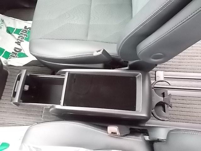 「トヨタ」「エスティマ」「ミニバン・ワンボックス」「埼玉県」の中古車16