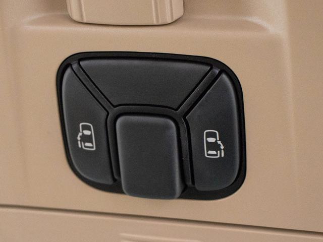 両側自動ドア完備!車内スイッチ、キーレススイッチ、ドアノブで操作可能です!