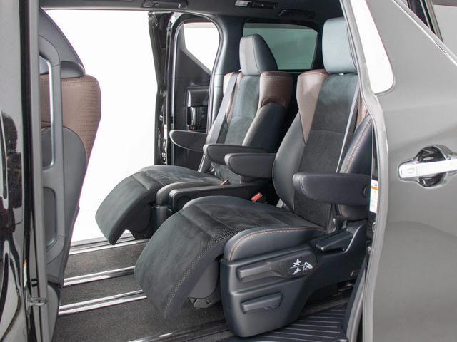 2.5S Aパッケージ タイプブラック 禁煙車/ブラックハーフレザーシート/両側自動ドア/パワーバックドア/後席モニター/純正10型SDナビ/バックカメラ/LEDライト/クルーズコントロール/障害物センサー/ETC/ウッドコンビハンドル(18枚目)