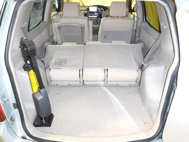 トヨタ ラウム GパッケージウェルキャブフレンドリーシートBタイプ 社外ナビ