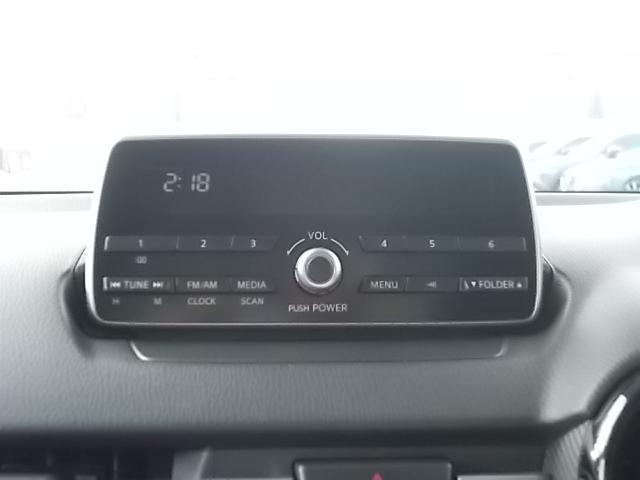 純正CDステレオ、ラジオ付きです。