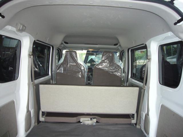 PCリミテッド パ-トタイム4WD キ-レスキ- パワ-ウインドウ セキュリティ-アラ-ム 電動格納カラ-ドアミラ- プライバシ-ガラス4速オ-トマチック車(14枚目)