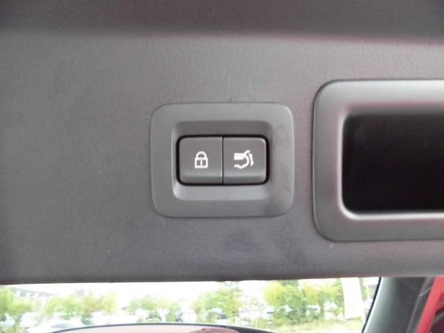 リアゲートにボタン一つで開け閉め簡単パワーリフトゲートスイッチです☆