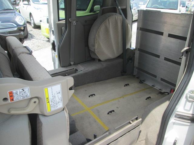 スズキ エブリイワゴン 福祉車両 スローパー 電動ウインチ リアシート付 Tチェーン