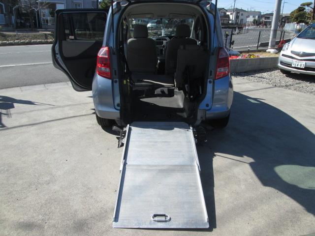 福祉車両 スローパー 電動固定式 車椅子移動車 ナビBカメラ(10枚目)