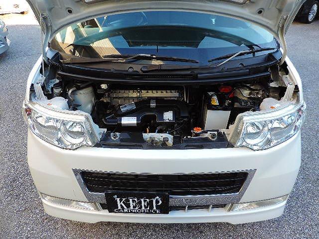 エンジンルームになります☆機関良好です☆第三者機関の日本自動車鑑定協会(JAAA)が認めた厳選中古車販売☆