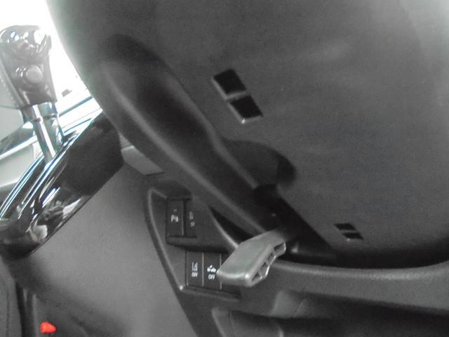「スズキ」「スペーシアカスタム」「コンパクトカー」「埼玉県」の中古車33