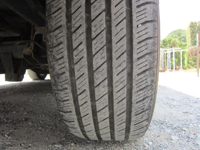 タイヤはたっぷり8分山!画像の通りまだまだ使えます!