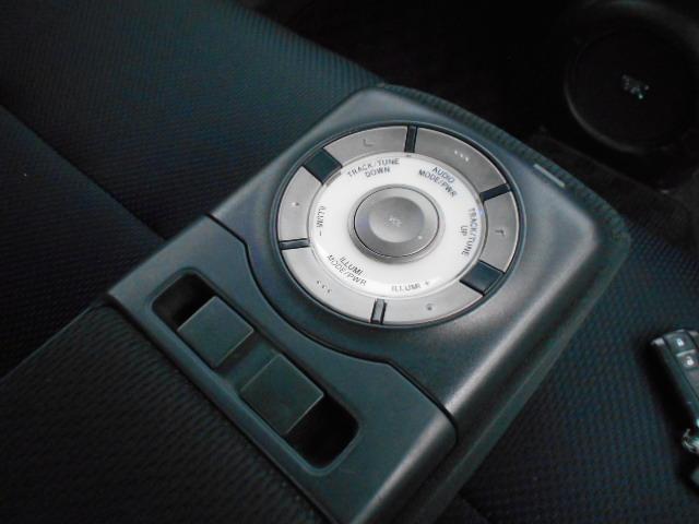 Z Qバージョン ローダウン 社外17インチAW 純正HDDナビ スマートキー11スピーカー フロント休息モード付シート(29枚目)