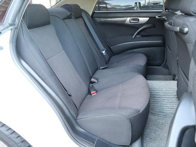 300アルティマ-Z グランツーリスモ 6速CVTターボ フロント両席パワーシート CDオーディオ キセノン 純正17アルミ 後期型(11枚目)