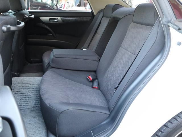 300アルティマ-Z グランツーリスモ 6速CVTターボ フロント両席パワーシート CDオーディオ キセノン 純正17アルミ 後期型(12枚目)