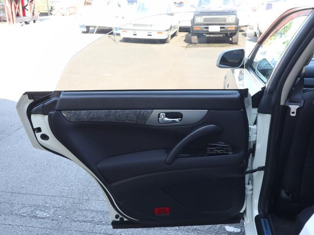 300アルティマ-Z グランツーリスモ 6速CVTターボ フロント両席パワーシート CDオーディオ キセノン 純正17アルミ 後期型(43枚目)