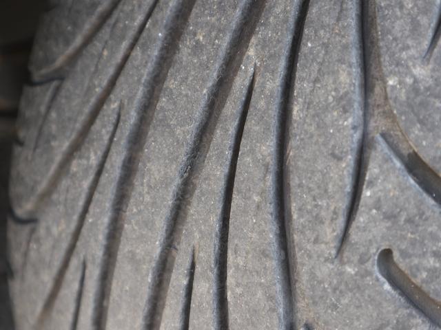 300アルティマ-Z グランツーリスモ 6速CVTターボ フロント両席パワーシート CDオーディオ キセノン 純正17アルミ 後期型(57枚目)
