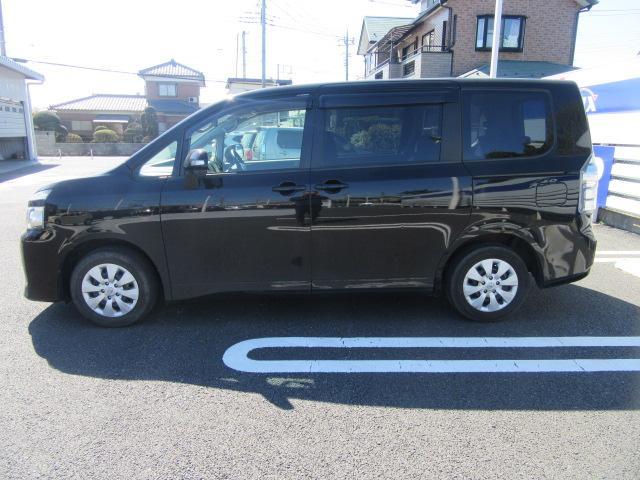 トヨタ ヴォクシー X ID車両社外Mナビ保証書付
