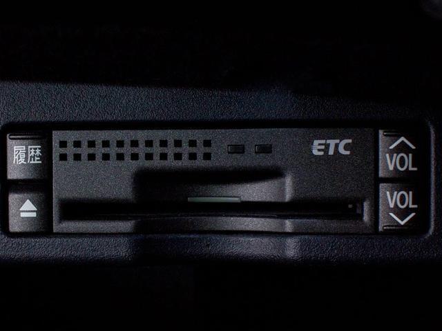 レクサス IS 250 スピンドルLOOK サンルーフ 新品黒本革 HDD