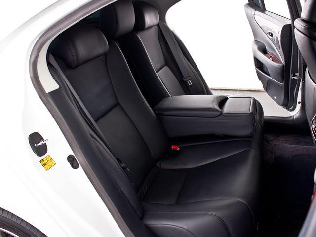 レクサス LS 460 VerSーI Mレビンソン サンルーフ 黒革 HDD