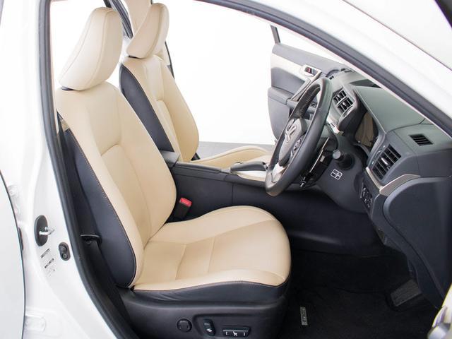 高級感をさらに高めるレザーシート搭載!!エアシート&シートヒーターも完備しておりますのでオールシーズン快適にご乗車頂けます。