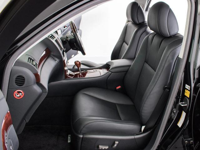 LS600hL 後席セパレート 黒革 Mレビ 新品タイヤ(13枚目)