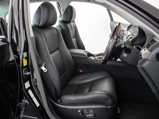 LS600hL エグゼクティブパッケージサンルーフ新品タイヤ(11枚目)