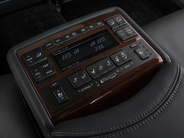 LS600hL エグゼクティブパッケージサンルーフ新品タイヤ(16枚目)