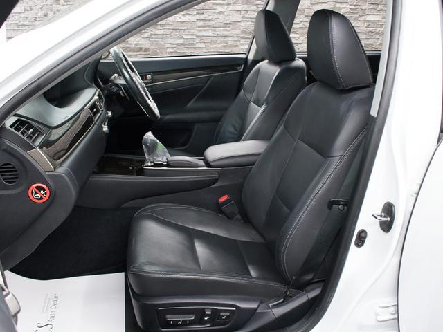 GS450h Iパッケージ スピンドルグリル 1オーナー 本革シート HDDワイドマルチナビ パワートランク クリアランスソナー コンビハンドル LEDライト 電動シート エアシート・シートヒータ 電動シート フルセグ(17枚目)