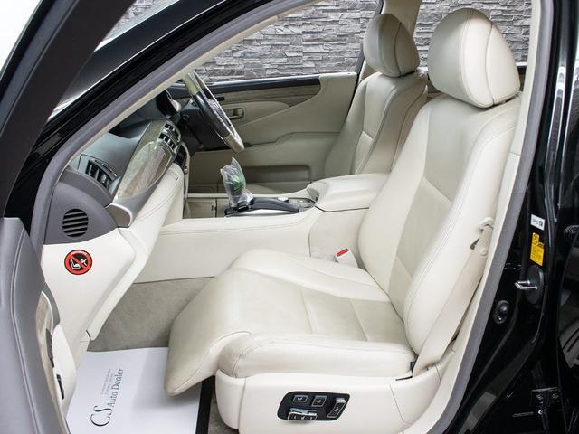 LS600h バージョンC Iパッケージ 最終型 メローホワイト本革 エアシート 電動シート クリアランスソナー パワートランク コンビハンドル クルーズコントロール HDDマルチ フルセグTV DVD LEDライト 4WD(16枚目)
