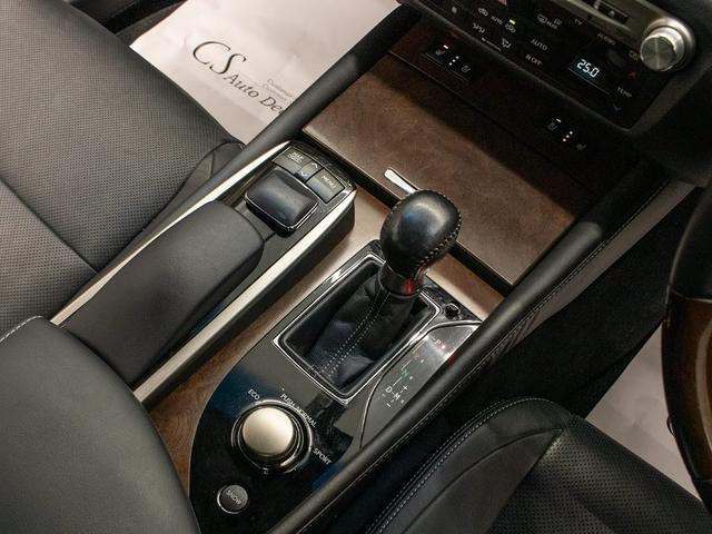 GS350 Iパッケージ 禁煙 黒本革 スピンドルエアロ 車高調 エアシート シートヒーター パワーシート クリアランスソナー LEDライト 18インチAW レーダークルーズ プリクラッシュHDDナビ フルセグ バックカメラ(15枚目)