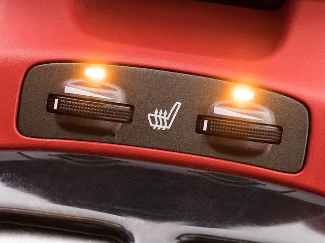 シートヒーターを完備しておりますので寒い時期でも座面を温かくしてご乗車いただけます!