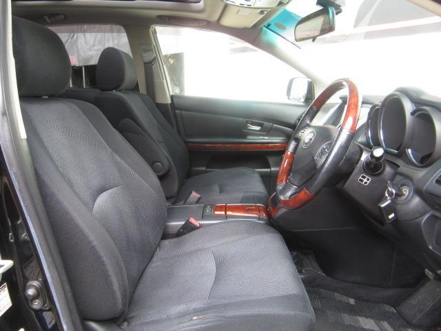 トヨタ ハリアー 240G Lパッケージ サンルーフ 20AW 地デジ ナビ
