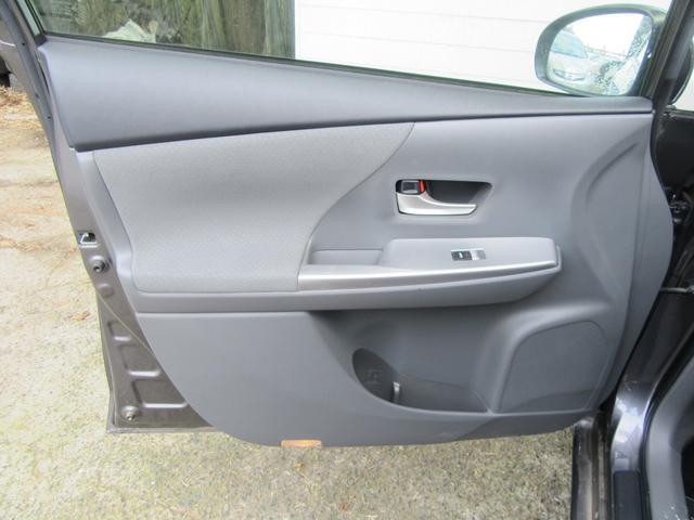 「トヨタ」「プリウスα」「ミニバン・ワンボックス」「千葉県」の中古車55