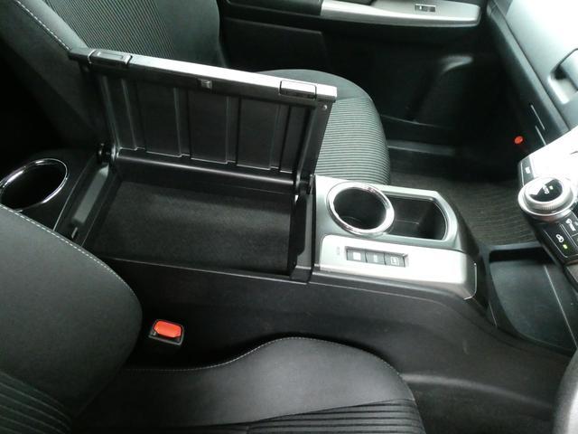 S 7人乗り 社外メモリーナビ ETC バックカメラ USB 社外LEDヘッドライト オートライト 純正LEDフォグ 純正16インチアルミ スマートキー プッシュスタート オートエアコン(69枚目)