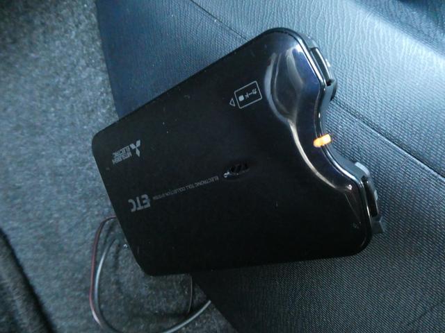S 社外メモリーナビ 地デジ ETC ブルートゥース 社外LEDヘッドライト オートライト(5枚目)
