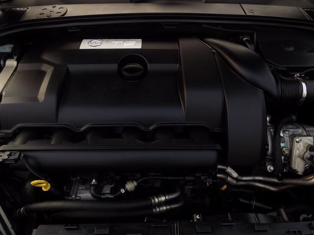 T6 AWD Rデザイン30台限定 本革 1オナ 2011M(19枚目)