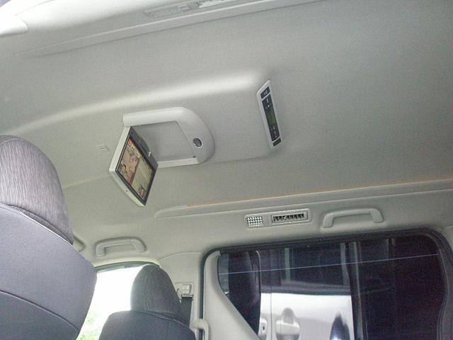 ZR両側電動 後席モニター パワーバック グラスコーティング(11枚目)
