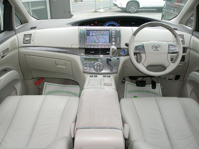 運転席&助手席はシートヒーターも装備しております♪