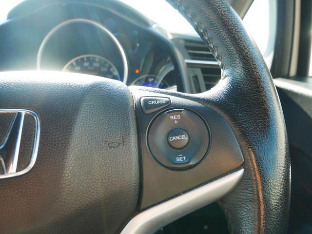 RS 1年保証付 6速MT アイドリングストップ タイミングチェーン スマートキー プッシュスタート SDナビ フルセグ DVD ETC クルコン 電格ウィンカーミラー LEDライト アームレストコンソール(14枚目)