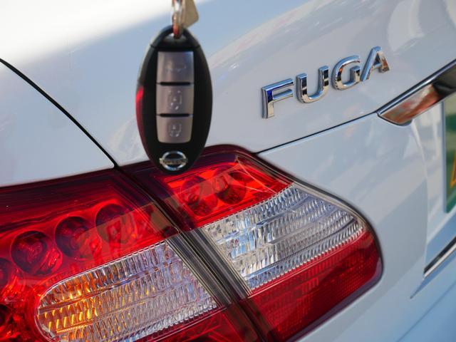 370GT 1年保証付 車高調 RAYS21AW インパルバンパー ハーフレザー HDDナビ 地デジ Bluetooth対応 サイドカメラ バックカメラ オートライト キセノン プッシュスタート オットマン(19枚目)