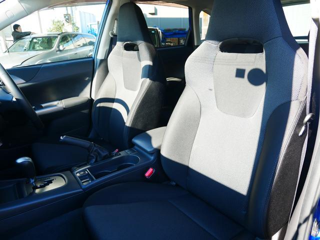 S-GT スポーツパッケージ 1年保証付 STiリップスポイラー プッシュスタート スマートキー クルーズコントロール 電動格納ウィンカーミラー MTモード付AT HIDライト フォグ 純正17インチアルミ サイドバイザー(57枚目)