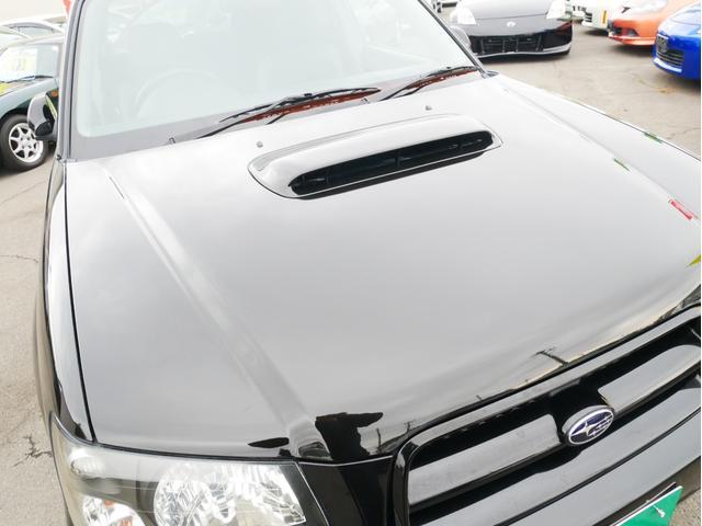 XT 1年保証付 5速MT サンルーフ EJ20ターボ 4WD ハーフレザーシート MOMOステ オートエアコン 純正16AW ルーフスポイラー 電動格納ミラー キーレス HID(24枚目)