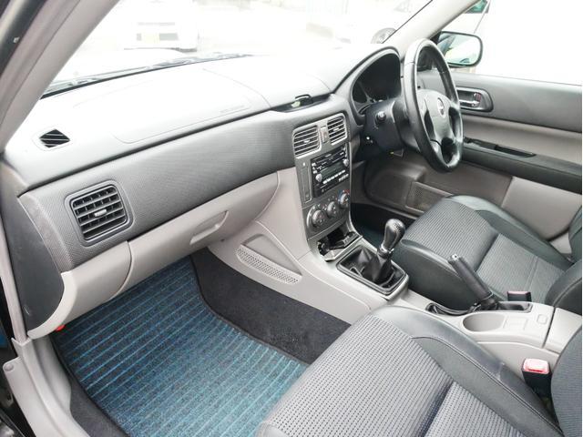 XT 1年保証付 5速MT サンルーフ EJ20ターボ 4WD ハーフレザーシート MOMOステ オートエアコン 純正16AW ルーフスポイラー 電動格納ミラー キーレス HID(48枚目)