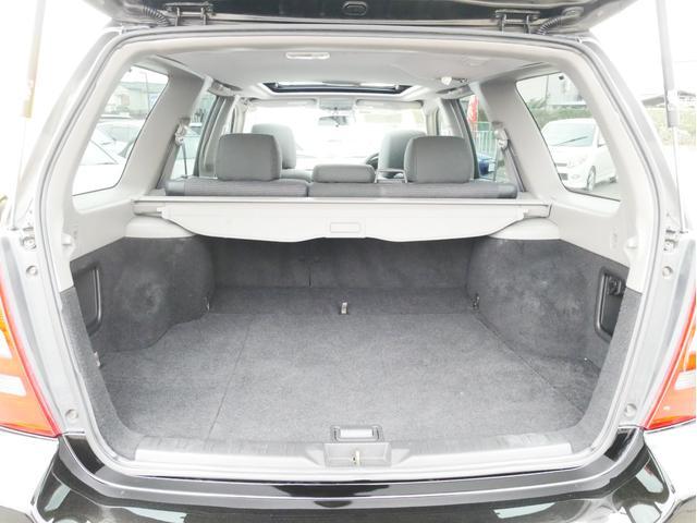 XT 1年保証付 5速MT サンルーフ EJ20ターボ 4WD ハーフレザーシート MOMOステ オートエアコン 純正16AW ルーフスポイラー 電動格納ミラー キーレス HID(59枚目)