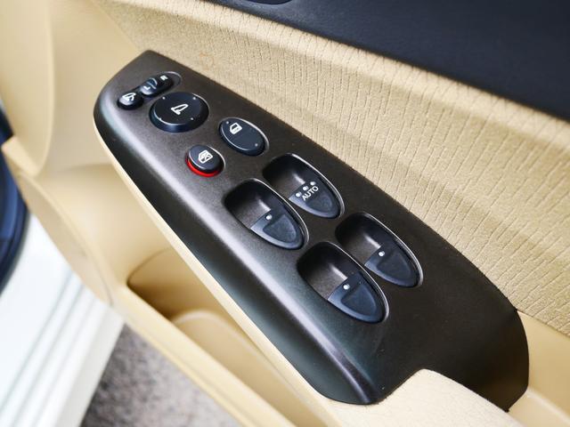1.8GL 一年保証付 moduloエアロ 社外17インチアルミ HIDライト スマートキー 純正HDDナビ DVDビデオ フルセグ バックカメラ ミュージックサーバー ステアリングオーディオスイッチ ETC(70枚目)