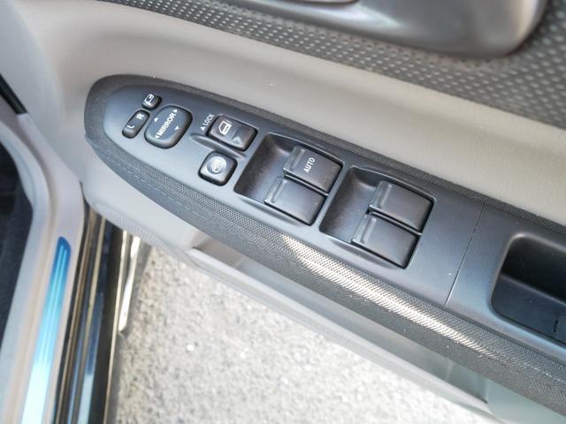 クロススポーツSエディション 後期型 STiリップスポイラー sti17インチアルミ エアロスプラッシュ 専用スポーツシート HIDヘッドライト MTモード付AT ステアシフト オートエアコン キーレス 電動格納ウィンカーミラー(71枚目)